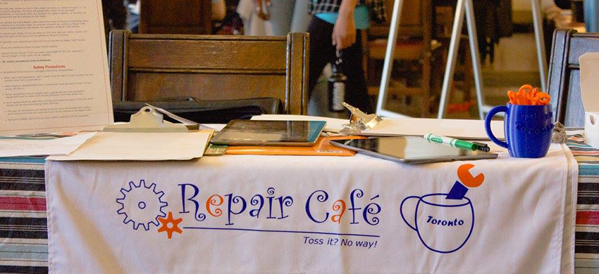 Repair Cafe table